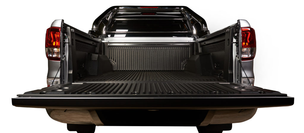 Keep your factory truck bed appearance pristine with the best Rough Country is a premier car accessory brand. They produce accessories that customers absolutely love. Obviously, they create some of the best heavy duty rubber truck bed mats. But, this specific product fits Dodge Ram models. Make sure that you look through the specifications (specs). It fits a majority of modern Dodge Ram 1500, 2500, and 3500 models. Now, if you want specific numbers then it is 6-foot and 5-inch. Remember size and fit while shopping for the best heavy duty rubber truck bed mat options. Now, this does not fit any model with the Rambox Cargo Management system. But, it is made from 100% recycled materials. Environmentalists and socially conscious shoppers, rejoice. You can buy heavy duty rubber truck bed mats and feel good about it. Best of all, the installation process is both quick and easy. The custom molded fit will be snug like a glove. The high-quality non-skid mat prevents load shifting. All the while, the abrasion-resistant material fights against tears and cuts. Enjoy premier protection and a long-lasting lifespan. A knobby underside promotes drainage. As a result, your truck bed is kept clean and dry at all times. After all, water damage is hazardous towards your truck bed. Do not hesitate to get one of the heavy duty rubber truck bed mats.