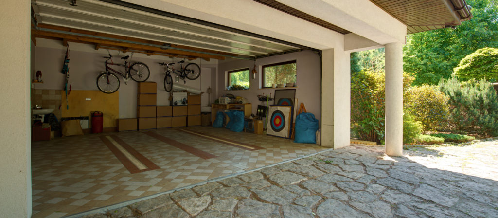 Before you style your garage, learn how to clean garage walls before painting below!