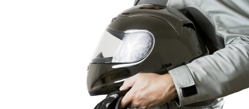 A bluetooth motorcycle helmet speakers enhances your daily riding experience.
